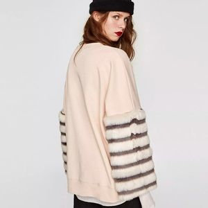 Zara sweatshirt faux fur sleeves